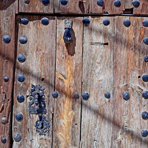Detalle de puerta de vivienda (Castejón de Valdejasa)